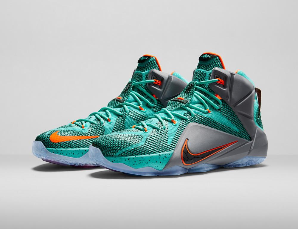 کفش بسکتبال LeBron 12 رونمایی شد