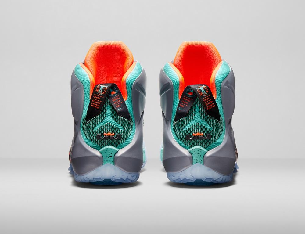 کفش لبرون 12