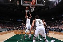 لیگ NBA در بیست و ششم مارس 2015؛ پیروزی میلواکی مقابل ایندیانا