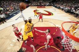نتایج مسابقات پلی آف NBA در ششم می 2015