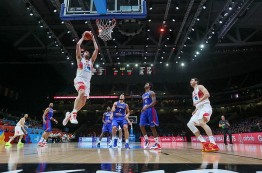 تیم بسکتبال اسپانیا به فینال یوروبسکت 2015 راه یافت