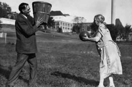 بشنوید: فایل صوتی نادری از مخترع ورزش بسکتبال، دکتر جیمز نیاسمیت