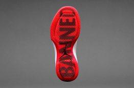 نگاهی به کفش بسکتبال Air Jordan 31؛ ادای احترامی به کفش ممنوعه ایر جردن 1